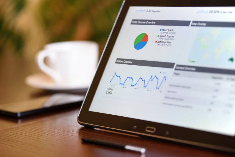 analyst-analytics-blur-106344